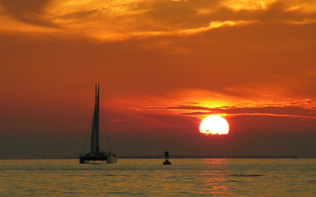 sunset-and-boat